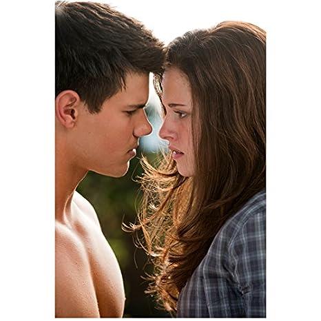 Twilight Taylor Lautner As Jacob Holding Kristen Stewart As Bella