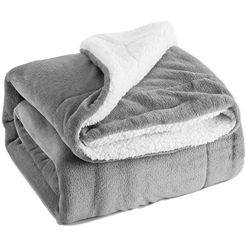 Sherpa Throw Blanket Queen Size Silver Grey Reversible Fuzzy Bed Blankets Microfiber All Seasons Luxury Fluffy Blanket for Bed or Couch 90″x90″ by Bedsure