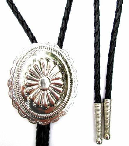Western Bolo Tie w Scalloped Oval Concho Ornament;