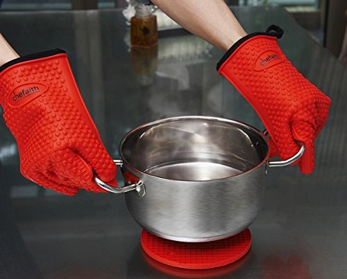 Chefaith Silicone Kitchen Gloves [Barbecue Shredding Smoker Meat Gloves] for Cooking, Baking, BBQ, Grilling [Free Pot Holder as Bonus]- Heat Resistant (Up to 480°F) Oven Mitts, Best Protection Ever by Chefaith (Image #5)