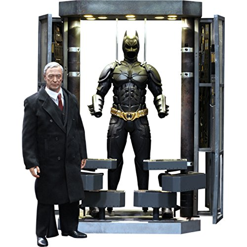 New Batman Costumes Dark Knight Rises (Batman Dark Knight Rises Hot Toys 1/6 Scale Collectible Figure Set Batman Armory, Alfred & Batman)