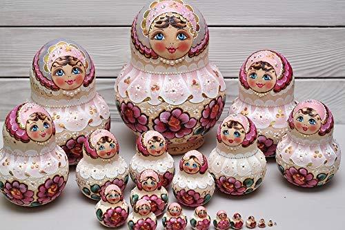 Matryoshka Nesting dolls 20 pieces wooden set