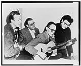 Photo: Pete Seeger, Lee Hays, Fred Hellerman, Ronnie Gilbert