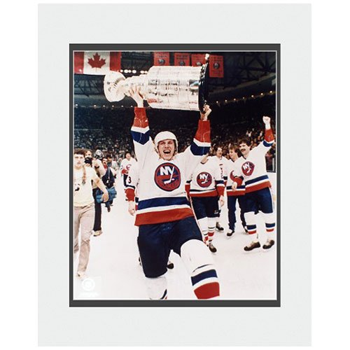 Photo File New York Islanders Stanley Cup Mike Bossy Stanley Cup 8X10 Matted Photo