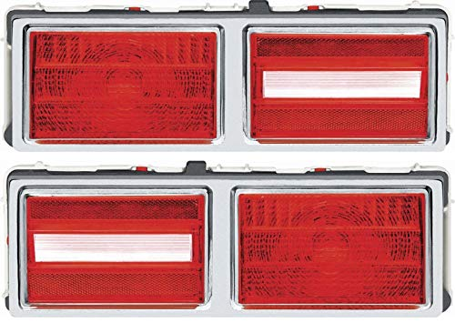 (OER N1445/46 1975-1979 Chevy Nova Tail Lamp Assembly Set With Gaskets)