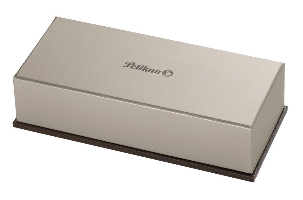 Pelikan Souveran 1000 Black/Green Fine Point Fountain Pen - 987586 by Pelikan (Image #3)