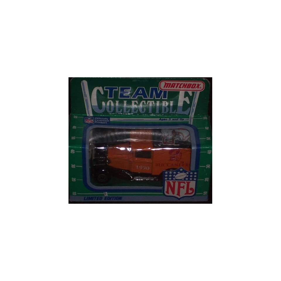 Tampa Bay Buccaneers 1990 Matchbox White Rose NFL Diecast Ford Model A Truck Collectible Car