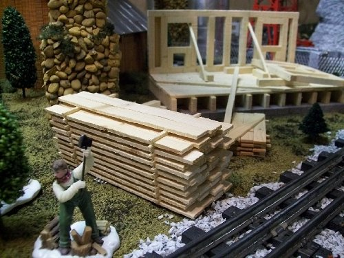 Model Railroad HO Gauge Lumber Pile