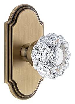 2.375 Grandeur 811226 Arc Plate Passage with Versailles Crystal Knob in Polished Brass