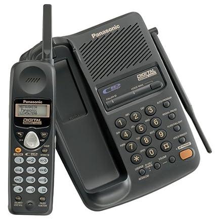 amazon com panasonic kx tc1713b 900 mhz digital cordless rh amazon com Cordless Phones with Answering Machine Best 900 MHz Cordless Phone