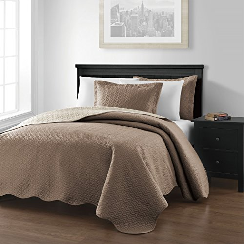 Chezmoi Collection Mesa 3-piece Oversized Reversible Bedspread Coverlet Set (Queen, (Taupe Cream)