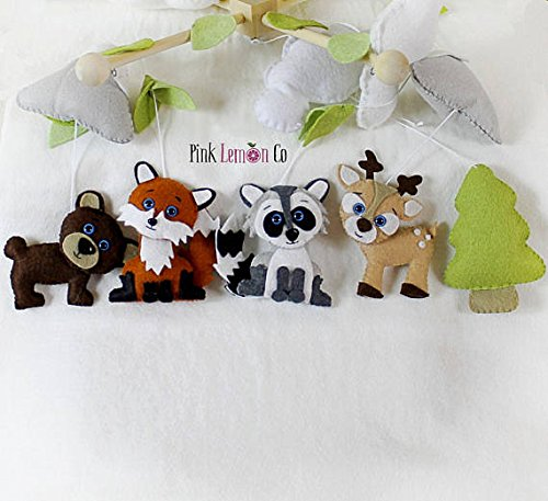 Handmade woodland baby mobile by Pinklemonco