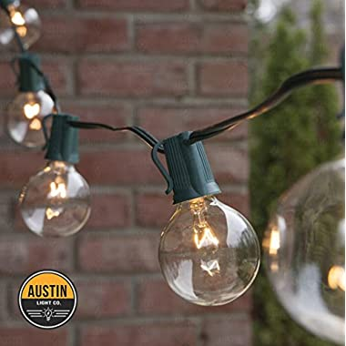 25 Foot G40 Globe String Lights With Bulbs – Green Wire – By Austin Light Co. - UL Listed. Indoor and Outdoor. Commercial Grade. Great for patios, cafés, parties, homes, bistros, weddings, backyards
