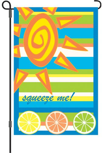 Premier Kites 51637 Garden Brilliance Flag, Squeeze Me, 12 by 18-Inch (Best Of Me Premiere)