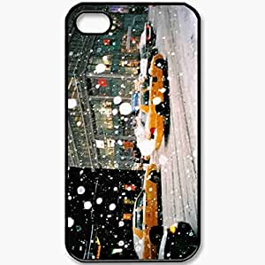 Protective Case Back Cover For iPhone 4 4S Case Yellow Taxi In A New York Snow Black