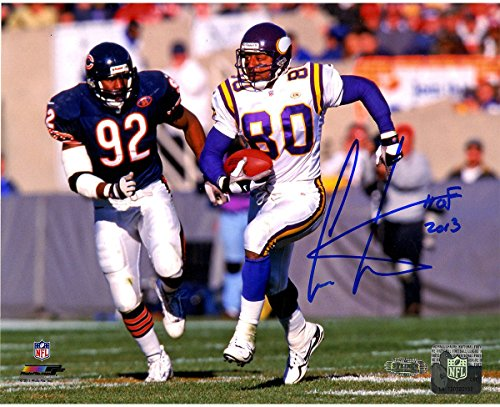 Cris Carter Running vs. Bears Defender 8x10 Photo w/HOF Insc. (Cris Carter Photograph)