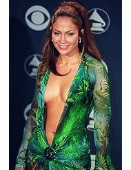 Jennifer Lopez stunning in very revealing dress 24x36 Poster