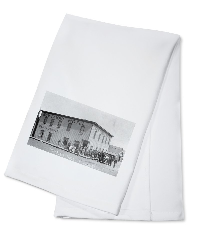 Tripp County, South Dakota - New Lamro Hotel (1st Hotel) View (100% Cotton Kitchen Towel)