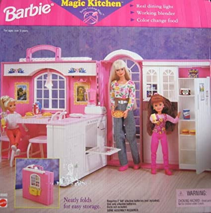 Amazon Com Barbie Magic Kitchen Playset W Working Blender
