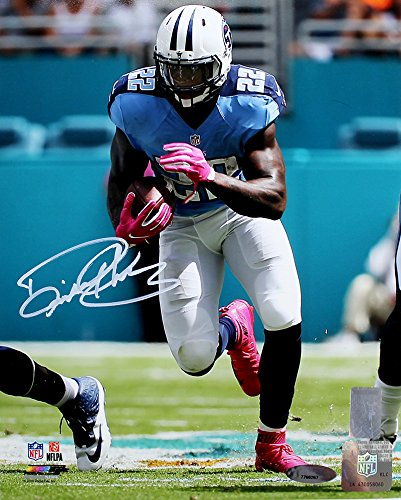 Derrick Henry Signed Autographed Tennessee Titans 8x10 Photo TRISTAR COA f20c05a74