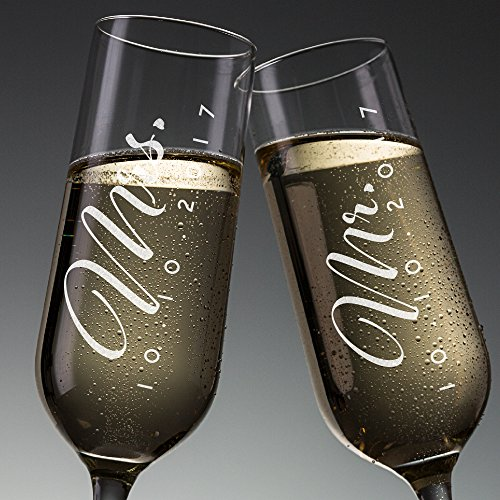 P Lab Set of 2, Mr. Mrs. Date, Personalized Wedding Toast Champagne Flute Set, Wedding Toasting Glasses - Etched Flutes for Bride & Groom Customized Wedding Gift -