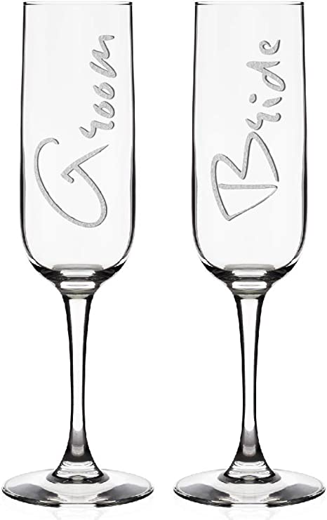 Engraved Flutes for Bride and Groom Gift for Customized Wedding Gift Mr and Mrs Design Set of 2 Personalized Wedding Champagne Flutes