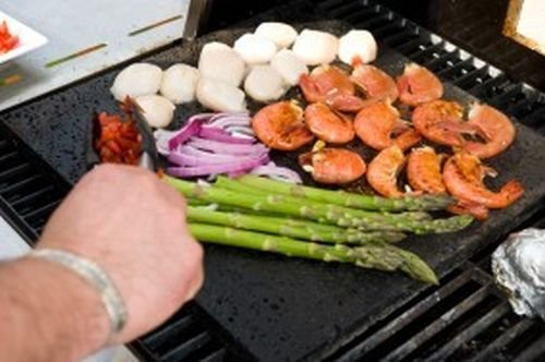 Island Round Grillstone by Woodhaven