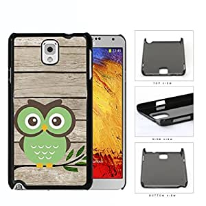 Green Owl On Tree Branch With Wood Pattern Samsung Galaxy Note III 3 N9000 Hard Snap on Plastic Cell Phone Cover