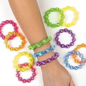 Jouet Parfait pour Les Pochettes-Surprises des Enfants Lot de 8 Baker Ross Bracelets Spirales /à Rayures diagonales