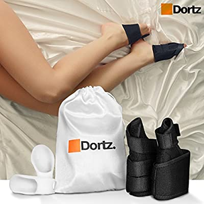 Bunion Care Set by Dortz - Bunion Corrector & Gel Bunion Pads - Bunion Splint for Bunion Relief - Bunion protector Bunion bootie - Storage bag for Set