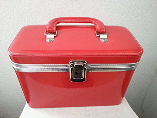 nordstrom-brand-red-vinyl-makeup-case-with-mirror