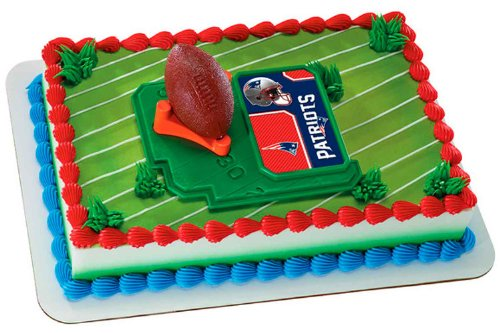 NFL New England Patriots Football with Tee-Cake Decorating Kit