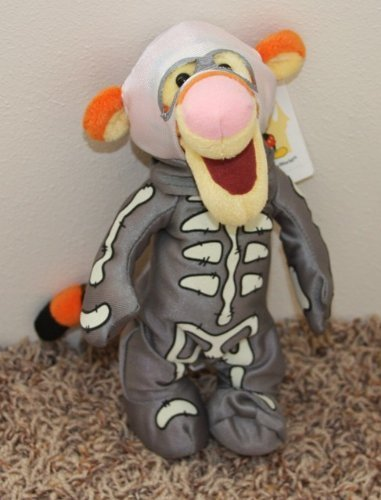 Retired Disney Winnie the Pooh Haunted Mansion Themed Scary 9