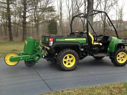 John Deere Gator Accessories >> Amazon Com Farmboy Sport G 3 Point Hitch For John Deere Gator 825i
