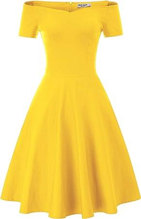 El vestido es súper bonito y elegante, manga 3/4, hombros descubiertos, cuello en V; le hace más enc