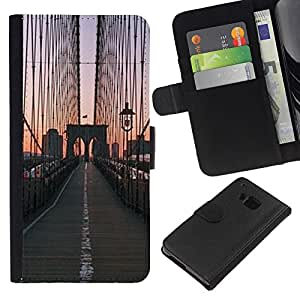 KLONGSHOP // Tirón de la caja Cartera de cuero con ranuras para tarjetas - Puente de la salida del sol Vista de la ciudad - HTC One M9 //