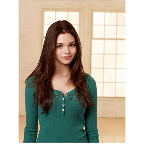 The Secret Life of an American Teenager India Eisley as Ashley head tilted slightly to the right 8 x 10 Inch Photo