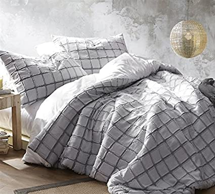 new authentic detailed pictures uk availability Amazon.com: Byourbed Frayed Edgings Twin Comforter ...
