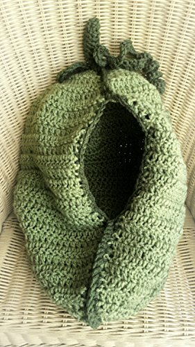 Pea pod baby cocoon photo prop /costume - greens- newborn- READY 2 SHIP (free). Boy or girl unisex. Handmade crochet.