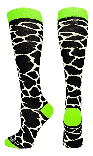 Giraffe Over the Calf Socks (White/Neon Green, Medium)