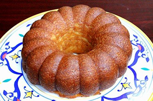 Large Bahamian Rum Cake, 44-ounce Cake (Rum Cake)