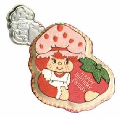 Amazoncom Vintage 1981 Wilton Strawberry Shortcake Birthday Cake
