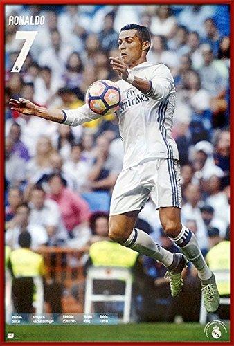 quality design 68ebb 9c36d Amazon.com: Real Madrid - Framed Sports Poster/Print ...