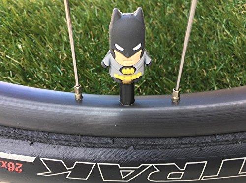 2スーパーヒーロー。。。シュレーダーバルブキャップ。。。bat-man。。。Cycling。。。MTB自転車。。。