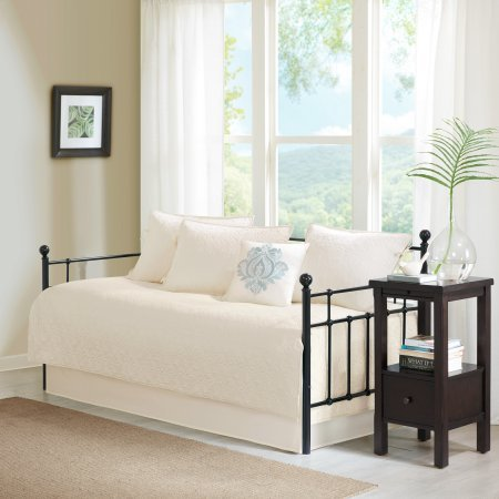 6 Piece Vancouver solid tone Quilted 75'' W x 39'' L Daybed Set,Ivory