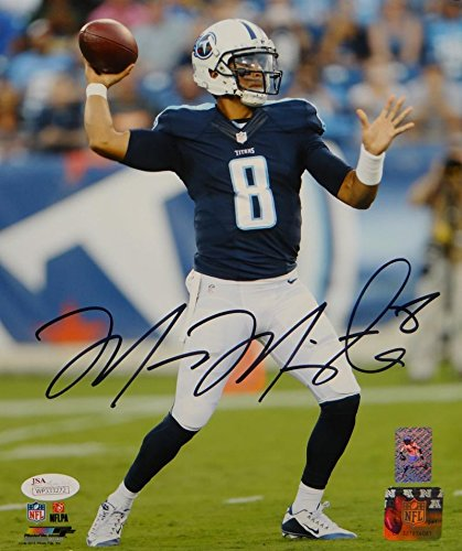 (Marcus Mariota Autographed Tennessee Titans 8x10 Passing PF. Photo- JSA W Auth)