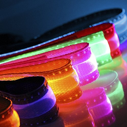 (OxGord LED Pet Neck Collar Flashing Color Light Up Night Safety Strap, Medium, Yellow)