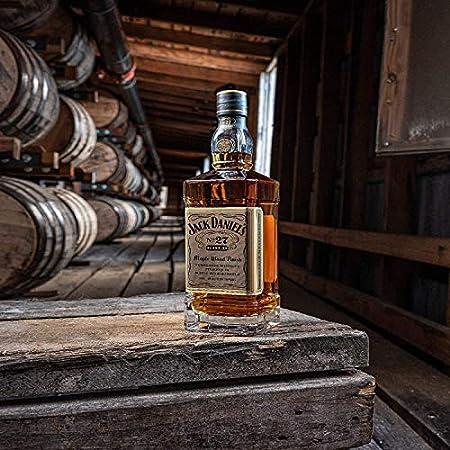 Jack Daniels Gold Nº27 Maple Wood Finish Whisky - 700 ml