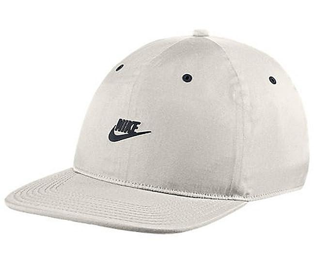 e83cf0f00 Amazon.com: NIKE Unisex Sportswear Vapor Pro Tech Adjustable Hat One ...