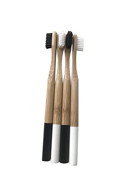 Lvcky - Juego de 4 cepillos de Dientes de bambú con cerdas de carbón - Cuidado